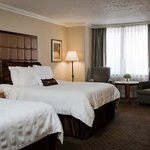  Louisville Airport Hotel Double Bed Guest Room