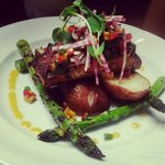 blackened salmon with mango salsa grilled asparagus and baby roasted reds