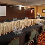 Dauphin Meeting Room