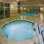  Indoor Pool &amp; Hot Tub