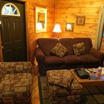  Hemlock Cabin - Main Sitting Area