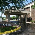  Welcome to the Baymont Inn and Suites Eden Prairie