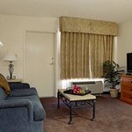  Suites Guestroom Living Area