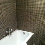  Bathroom - Art deco style room (gold and brown)