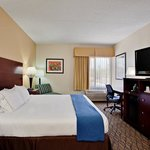 Holiday Inn Express Scottsdale North King Bed Guest Room