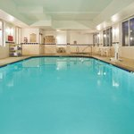 CountryInn&Suites Buford  Pool