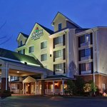  CountryInn&amp;Suites Buford  ExteriorNight