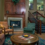  CountryInn&amp;Suites Waterloo Lobby