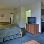  Comfort Suites Sabino Canyon Suite Double