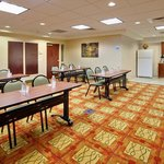 Holiday Inn Express & Suites Bradley Meeting Room