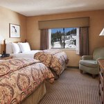 MMI Standard Double Guest Room