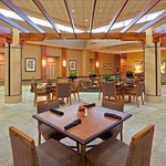 Center Square Restaurant -Holiday Inn Philadelphia Swedesboro
