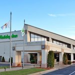  Holiday Inn Alton Hotel Exterior