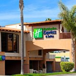 Holiday Inn Express on Hwy 101 North-bound view