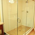  2 Bedroom (VIP) Suite, Shower