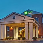 Photo of Holiday Inn Express Chicago Algonquin
