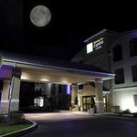 Welcome to the newly remodeled Holiday Inn Express & Suites