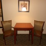  Suite Dinning Area