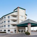 Colorado Springs Airport hotel with Park Stay and Go Package