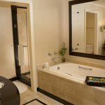 Executive Suite Bath