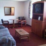 1 King 2 Double Bed Family Suite