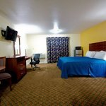  Passport Inn Middletown CT, King bed