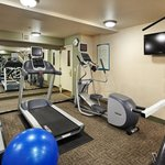  Complimentary Fitness Center in Portland Airport Hotel