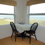 Unit 4 - Superior Queen Ocean View (kitchen/dining area)