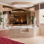  King Bed Jacuzzi Suite
