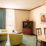  Executive Suite Lounge