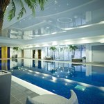  Swimming pool and spa bath