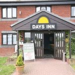 Welcome to the Days Inn Sheffield M1