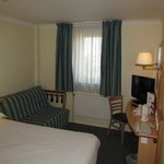  Leicester, Campanile hotel, room with TV and desk