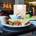 Tuck into your free Express Start breakfast at Holiday Inn Express