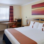 Comfortable double guestroom at our Glasgow Airport hotel
