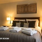  Room Front Superior Tag