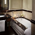Grand Room - Bathroom