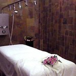 Vichy Rain Shower Massage Room