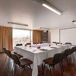  Vista Meeting Room