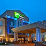‪Holiday Inn Express Hotel & Suites Mattoon‬