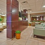 Holiday Inn Bloomington Lobby