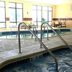  Indoor Heated Pool &amp; Whirlpool