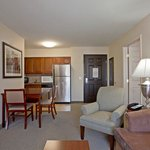  Staybridge Suites Palmdale - 2 Bedroom 1King 2 Queen 2 Bath Suite