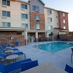  Outdoor Pool &amp; Patio