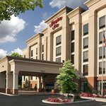  Welcome to the Hampton Inn Enfield!