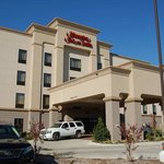 Welcome to the Hampton Inn & Suites McAlester