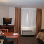  Studio Suite with One Queen Bed
