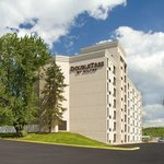 DoubleTree by Hilton Hotel Pittsburgh - Meadow Lands Exterior