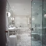 Studio Room Bathroom Le Richemond