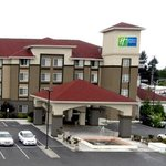  Holiday Inn Express and Suites Tacoma South Lakewo